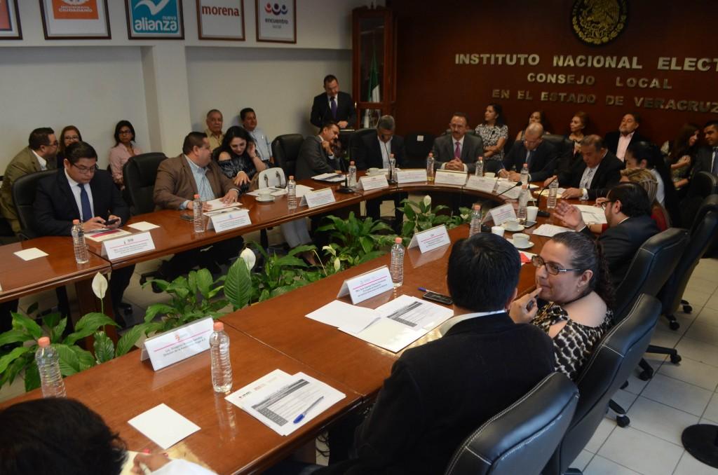 IVM participa en comité del INE para promoción del voto